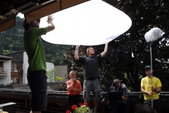 If the sun is out, sometimes all you need is a diffusor (Blätter im Herbst 2012)